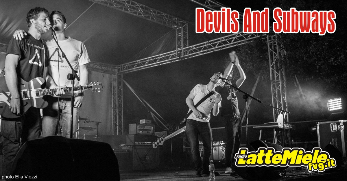 Virtual Village con i Devils And Subways