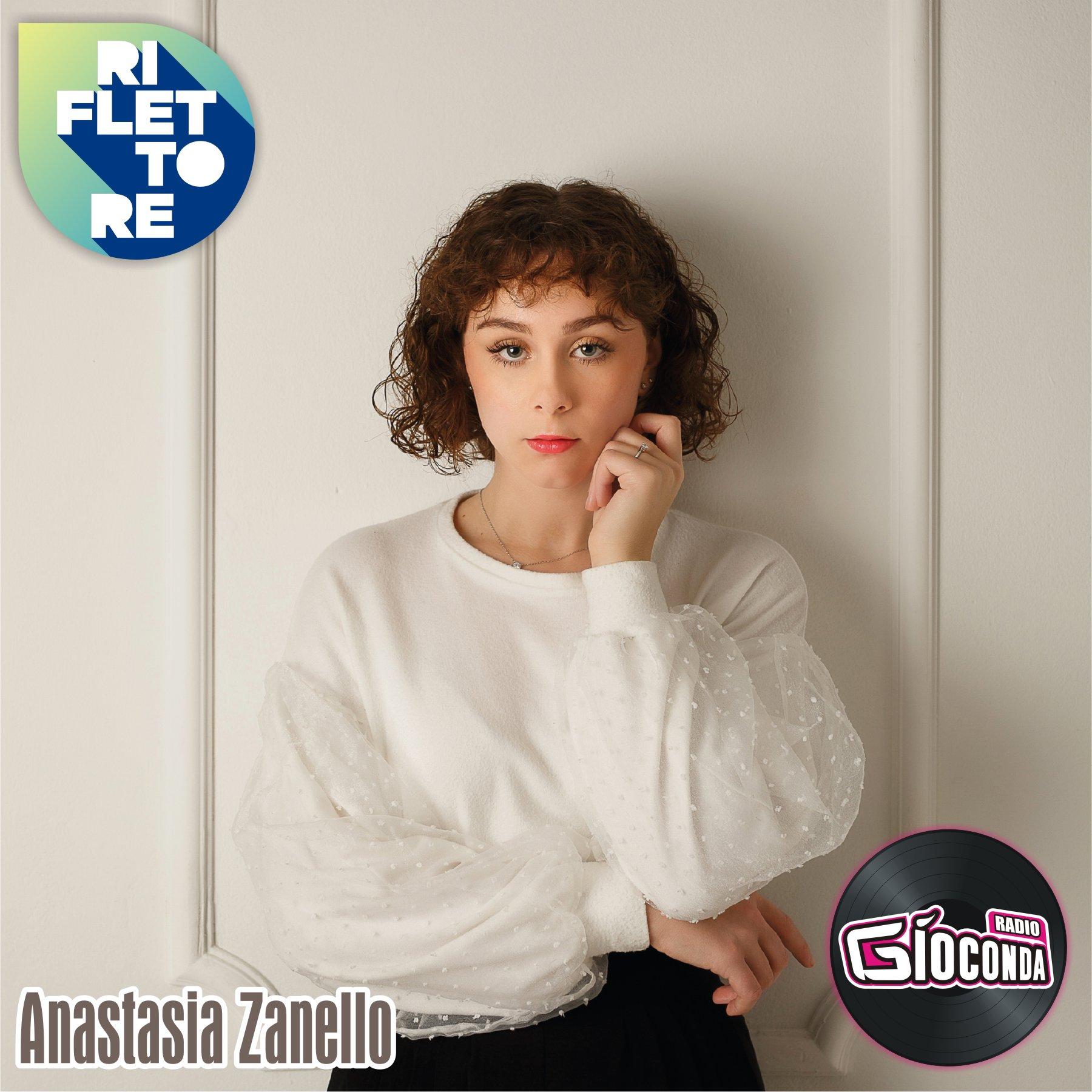 Riflettore con la cantautrice Anastasia Zanello